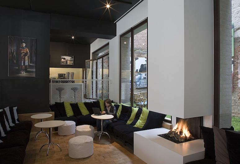 Banks, Antwerp, Hotel Lounge