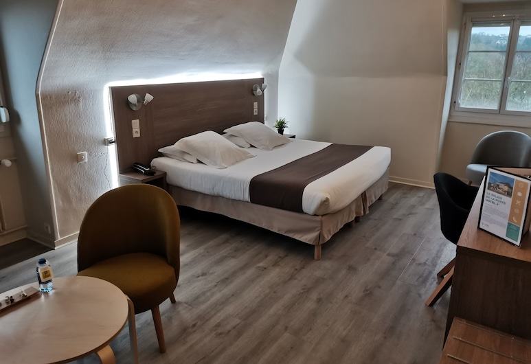 Relais de la Poste, Le Hom, Family Quadruple Room, Guest Room