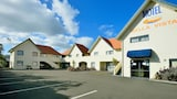 Book this Parking available Hotel in Gisborne