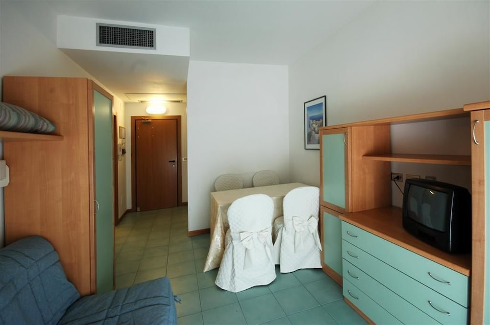 IHR Residence Club Hotel Le Terrazze in Grottammare - Hotels.com
