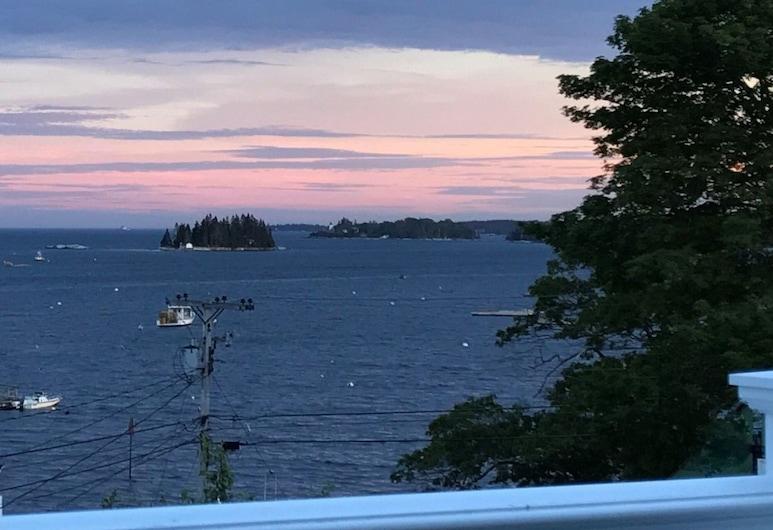 The Greenleaf Inn, Boothbay Harbor, Admirals Quarters 15, Varanda
