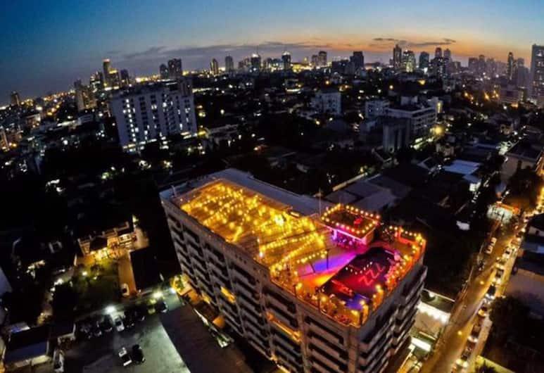 Paradise Sukhumvit, Bankokas