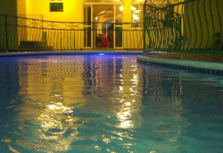 Villa Sonate, Runaway Bay, Außenpool