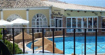 Choose This 3 Star Hotel In Mijas