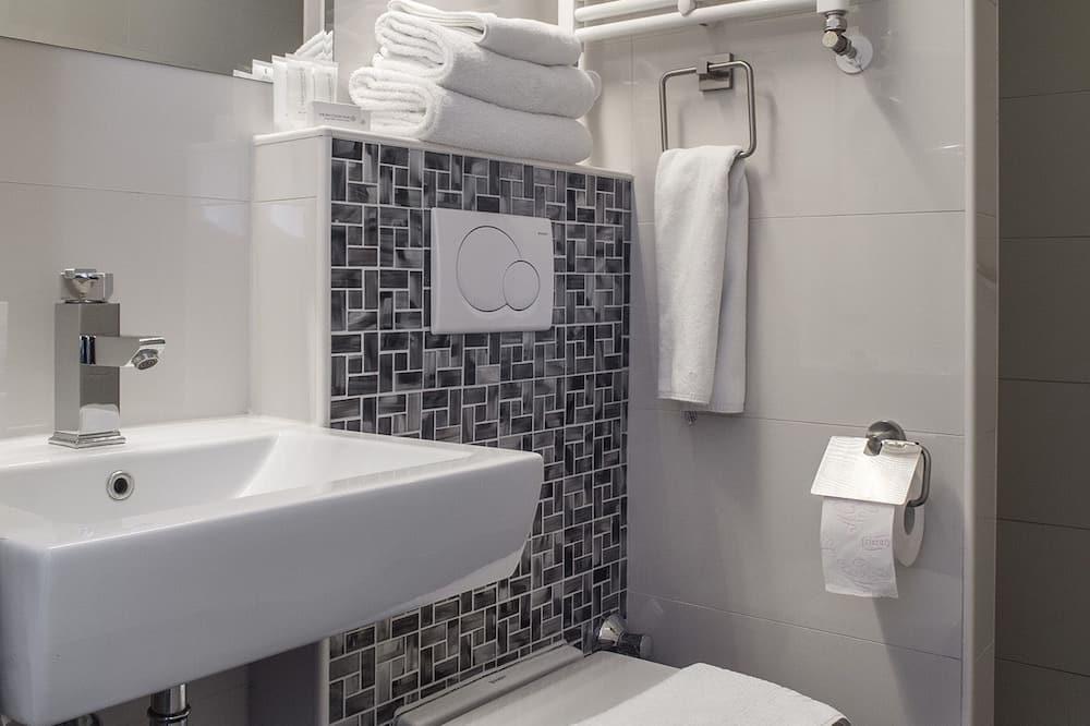 Habitación doble, bañera de hidromasaje - Baño