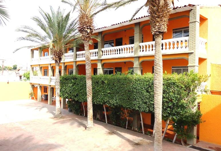 拉哈辛達德拉蘭哥斯達羅亞飯店, 聖菲利浦, 庭院