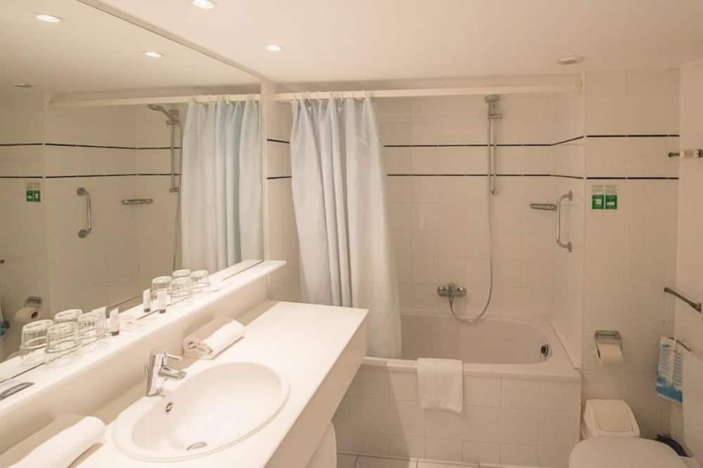ห้องจูเนียร์สวีท - ห้องน้ำ