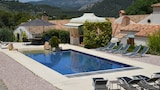 Reserve this hotel in Alcoy, Spain