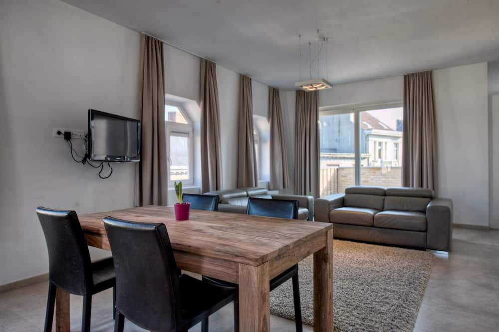 Penthouse - In-Room Dining