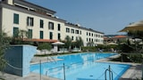 Book this Parking available Hotel in Sarzana