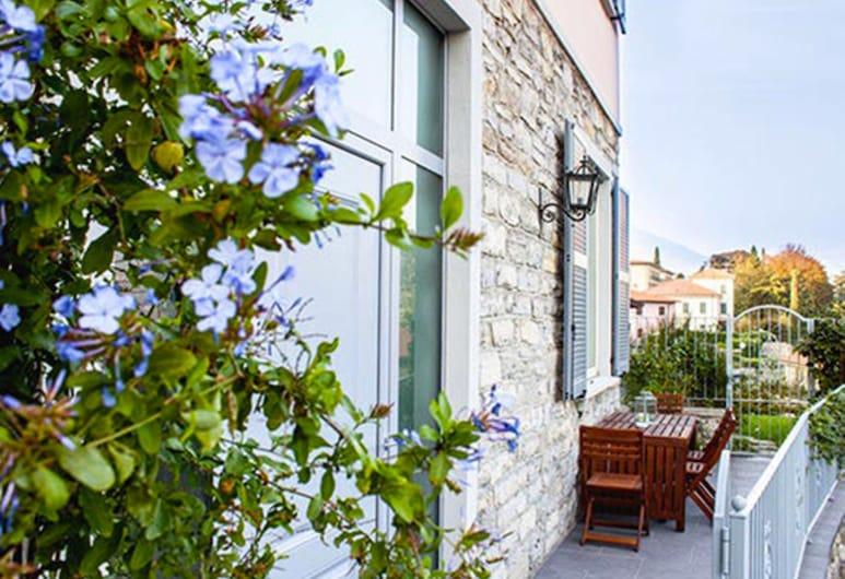 Miralago B&B and Apartments, Bellagio, Loftsværelse - 2 soveværelser - i anneksbygning (Villa Rosa - Duplex), Terrasse/patio