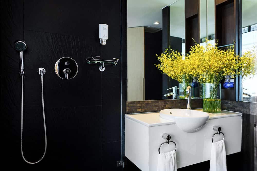 エグゼクティブ スタジオ ダブルベッド 1 台 - バスルーム