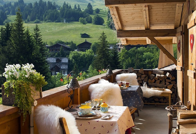 Chalet-Hôtel Les Cimes, The Originals Relais, Le Grand-Bornand, Outdoor Dining