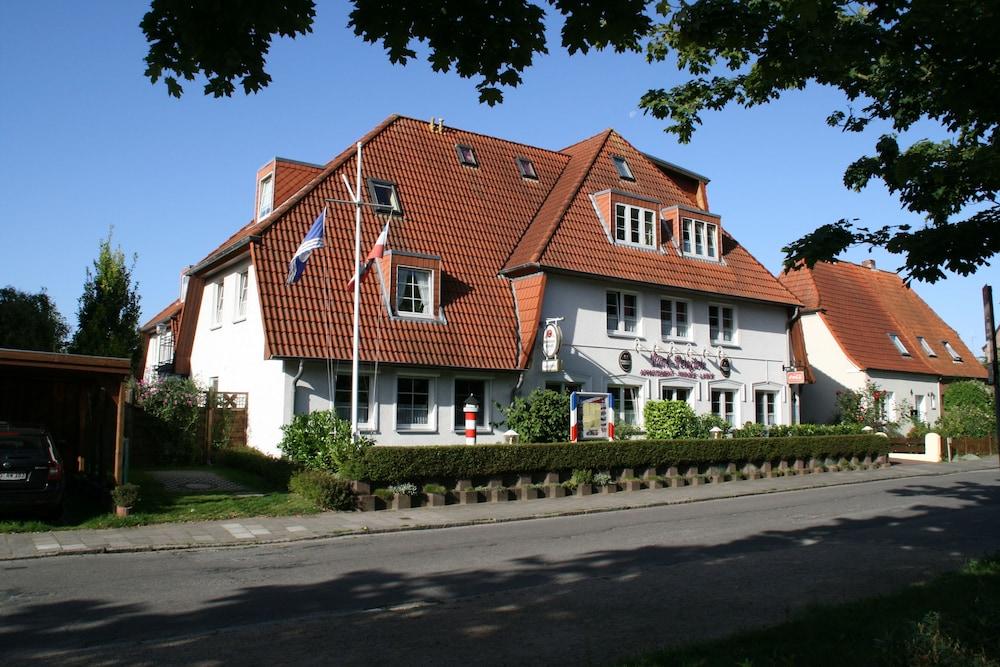 Haus Park-Pension, Laboe