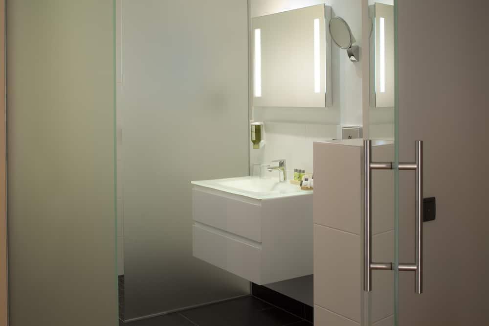 apartman, 1 kétszemélyes ágy és egy kihúzható kanapé - Fürdőszoba