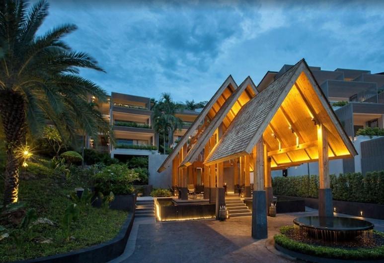 曼特拉蘇梅度假酒店, 蘇梅島, 酒店入口 - 夜景