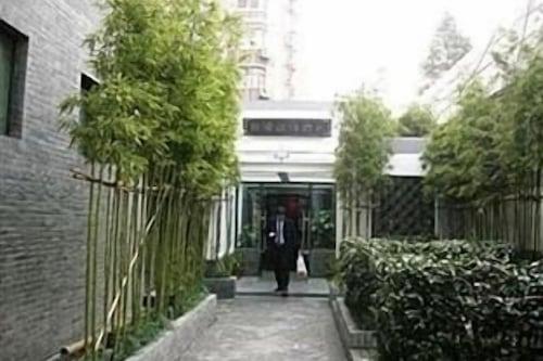 โรงแรมเปาหลงโฮมไลค์
