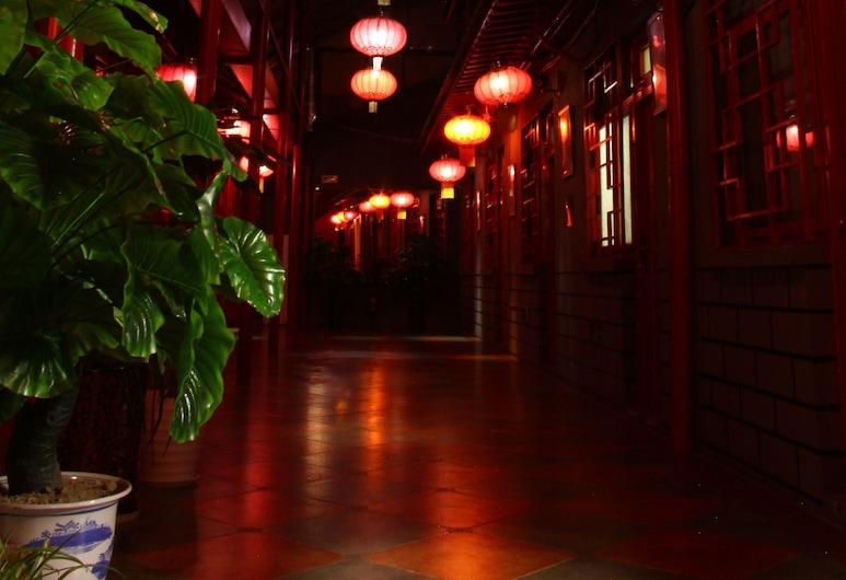 The Classic Courtyard, Beijing, Hallway