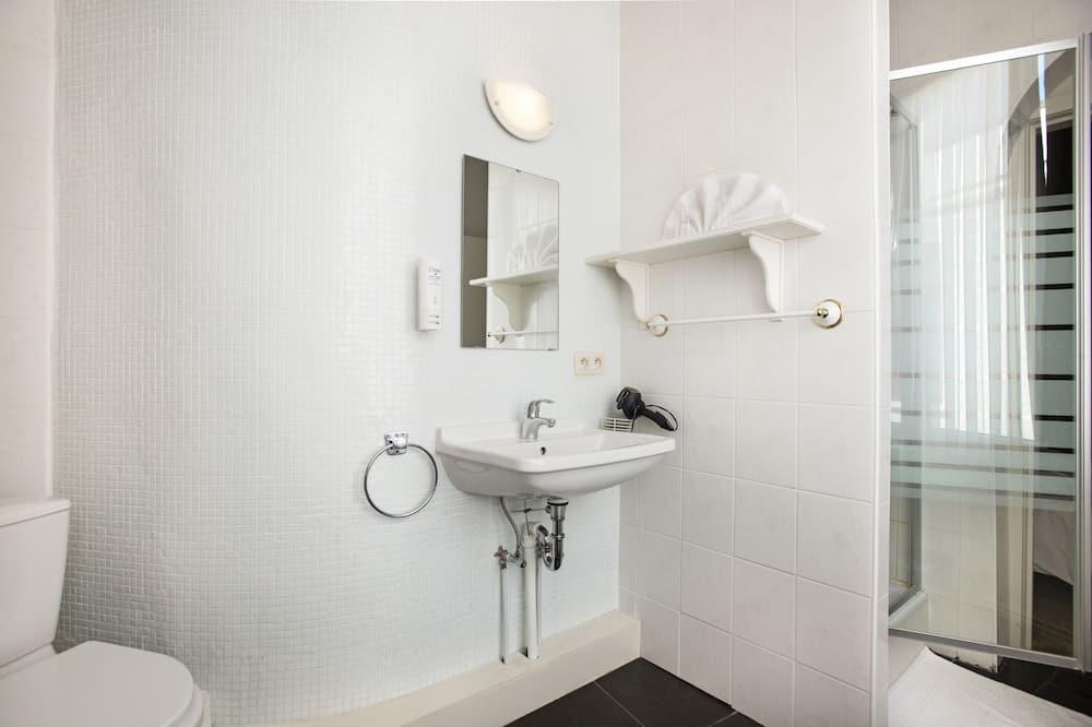 Dvivietis kambarys (1 asmeniui) - Vonios kambarys