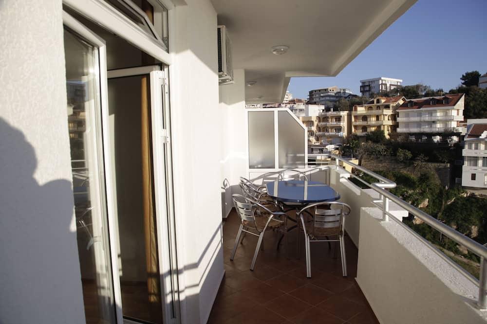 Premier-Apartment, 1 Schlafzimmer, Nichtraucher, Strandblick - Balkon
