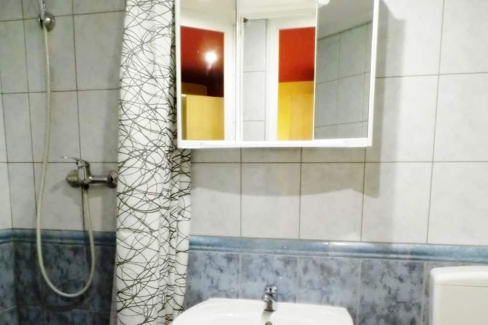 Štandardná trojlôžková izba, vlastná kúpeľňa - Kúpeľňa