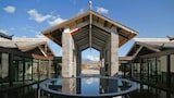 Picture of Pullman Lijiang Resort and Spa in Lijiang