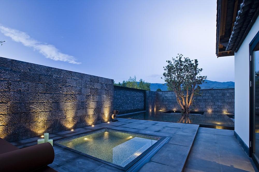 Deluxe Villa, 1 Bedroom - Outdoor Pool
