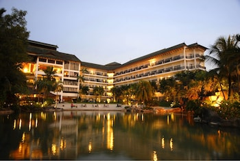Picture of Philea Mines Beach Resort in Seri Kembangan
