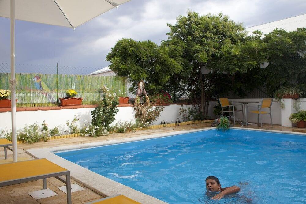 Single Room - Açık Yüzme Havuzu
