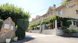 Reserve this hotel in Bielle, France