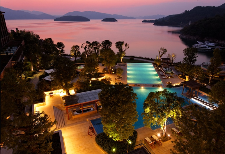 InterContinental One Thousand Island Lake Resort, Hangzhou, Piscina