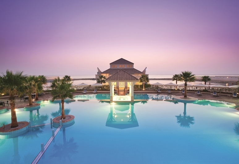 Movenpick Beach Resort Al Khobar, Al Khobar, Baseins