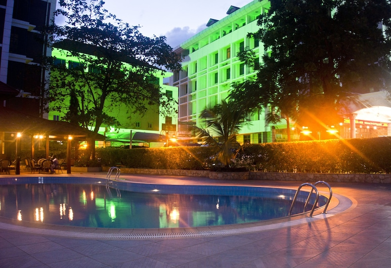 GS Plaza Hotel, Accra, Pool
