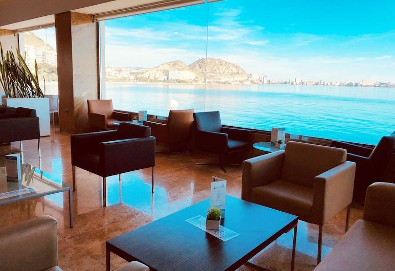 スイーツ デル マル バイ メリア, Alicante, ホテル バー