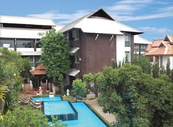 Mynd af Kodchasri Thani Hotel Chiangmai í Chiang Mai