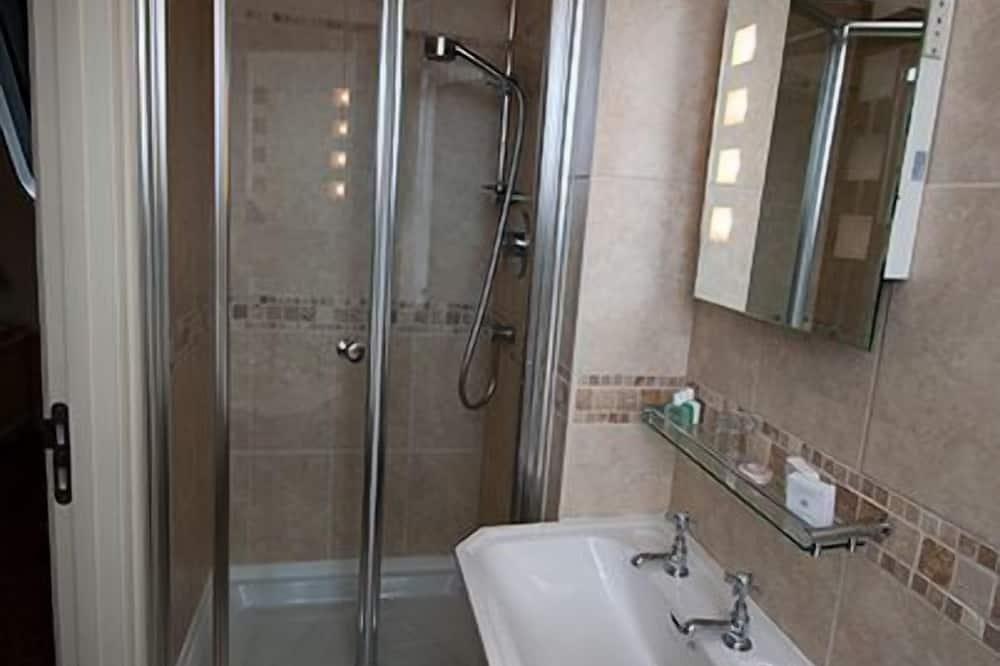 Luxus egyágyas szoba - Fürdőszoba