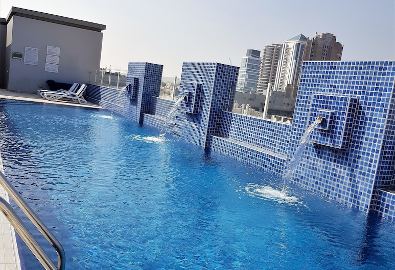 Tulip Hotel Apartment, Dubai, Rooftop Pool
