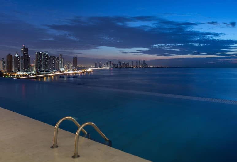 JW Marriott Panama, Панама-Сіті, Панорамний басейн