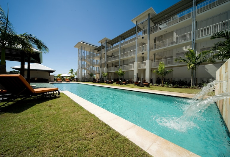 Mantra Boathouse Apartments, Airlie Beach, Outdoor Pool