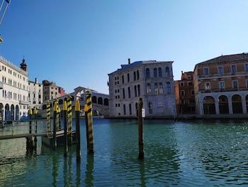 在威尼斯的格瑞索斯托莫公寓式酒店照片