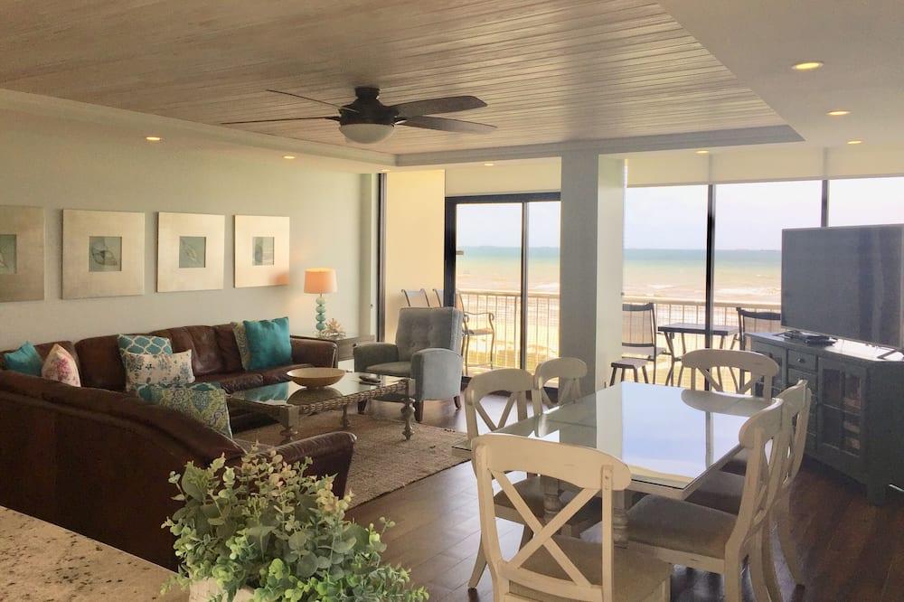 Standard Room, Multiple Beds, Ocean View - Room
