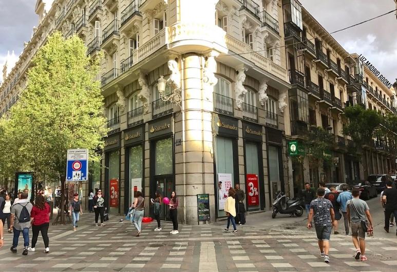 Luz Madrid Rooms, Madrid, Hotel Front
