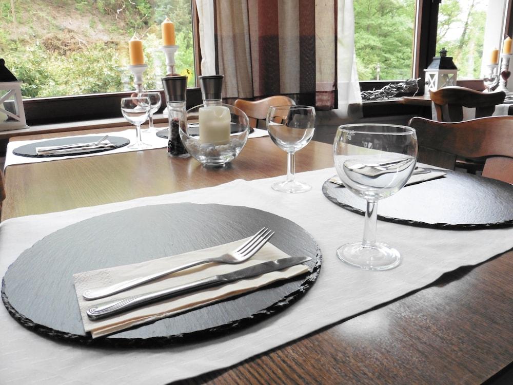 Book Hotel Restaurant Burgschänke in Dieblich | Hotels.com