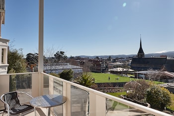 Enter your dates to get the Launceston hotel deal