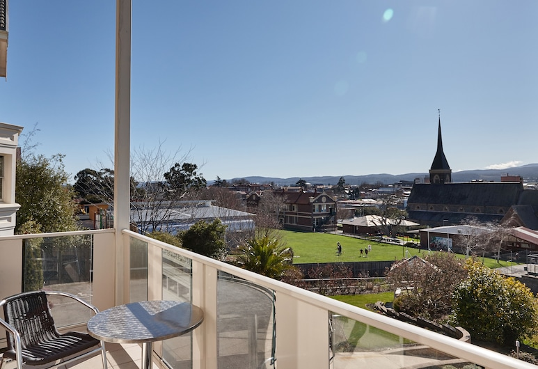 Auldington Hotel, Launceston, City View Special, Balcony