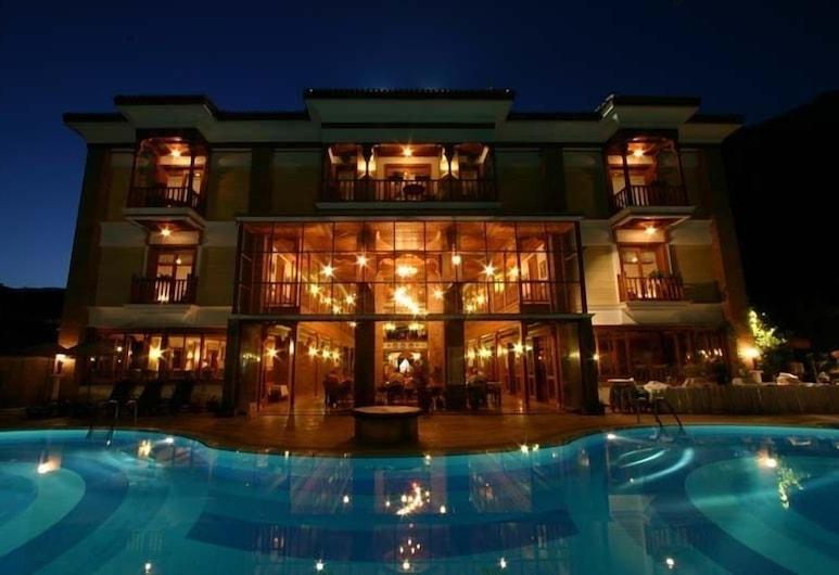 Kerme Ottoman Palace - Boutique Class, Ula, Açık Yüzme Havuzu