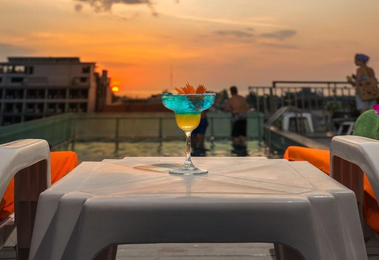 布吉 APK 渡假酒店, 巴東, 天台泳池