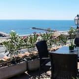 Apartmán s panoramatickým výhľadom, 2 dvojlôžka, výhľad na oceán - Terasa