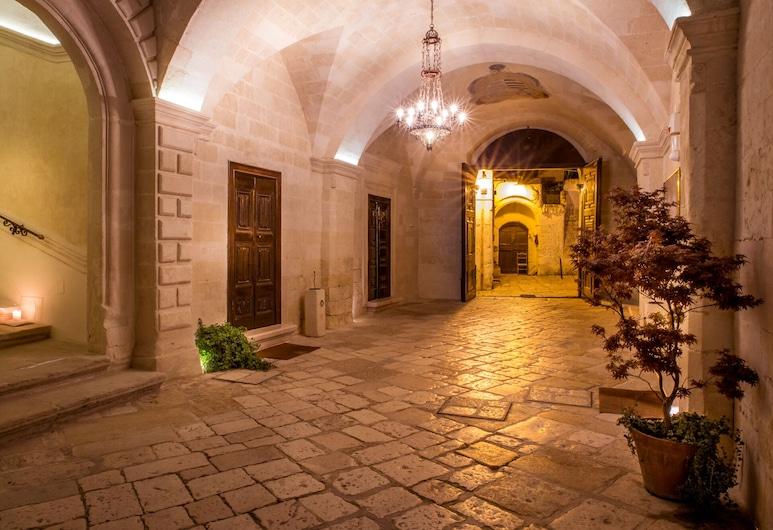 Palazzo Viceconte, Matera, Ingang van hotel