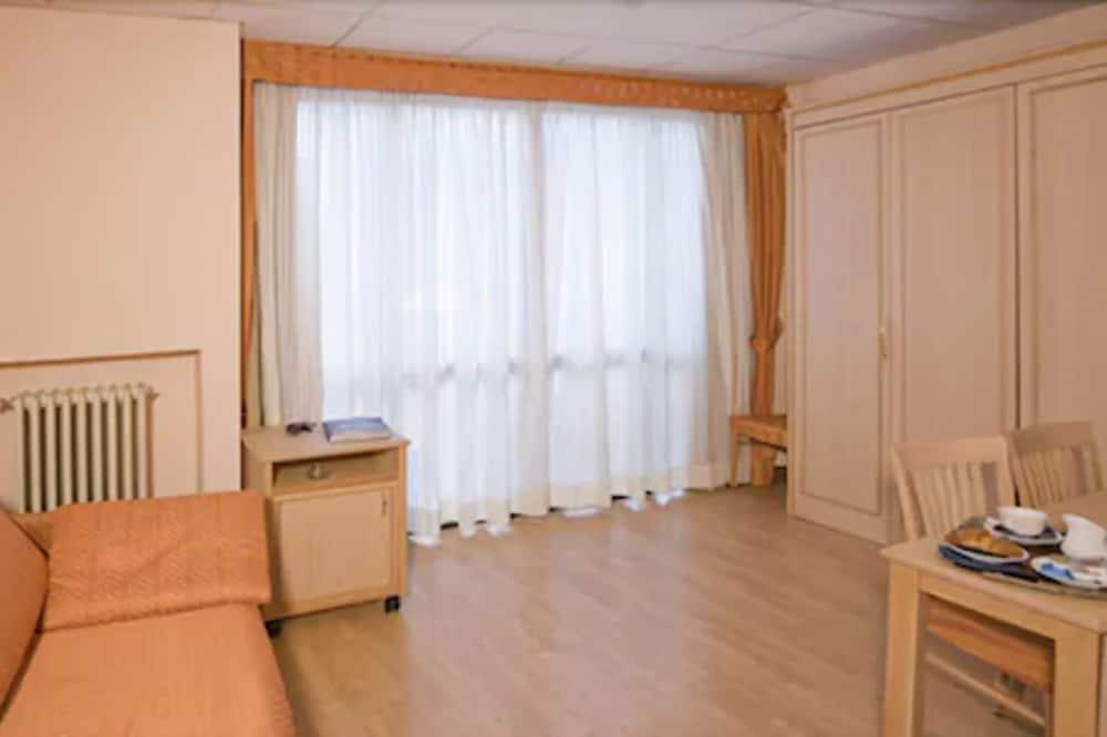 Апартаменты «Комфорт», 1 спальня - Зона гостиной